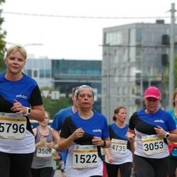 Tallinna Maratoni Sügisjooks 10 km - Lubica Simonova (1522), Katrin Hiob (3053), Andra Rannik (5796)
