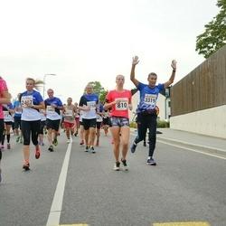 Tallinna Maratoni Sügisjooks 10 km - Annigrete Suimets (810), Dauren Izbasov (3319)
