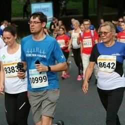 Tallinna Maratoni Sügisjooks 10 km - Lea Kivi (8642), Artem Borisov (10999)