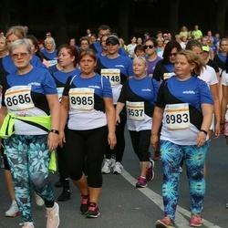 Tallinna Maratoni Sügisjooks 10 km - Tiiu Kruusajõe (8686), Mari Soiela (8983), Anni Kasemägi (8985)