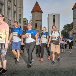 Tallinna Maratoni Sügisjooks 10 km - Heli Ojamaa (9537), Aap Virves (9766), Irina Belozertseva (11093)