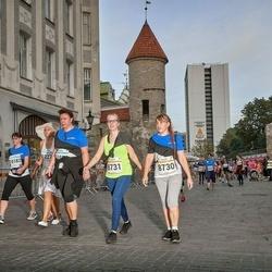 Tallinna Maratoni Sügisjooks 10 km - Anneli Talts (8730), Liivi Künnapas (8731)