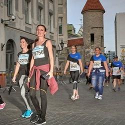 Tallinna Maratoni Sügisjooks 10 km - Anna Petrova (8967), Maryna Potuzhna (10750)