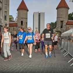 Tallinna Maratoni Sügisjooks 10 km - Arika Kajandi (8738), Grigori Danilov (9181)