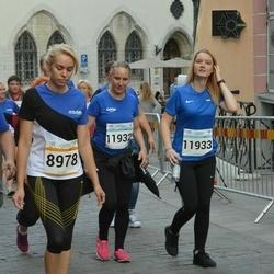 Tallinna Maratoni Sügisjooks 10 km - Kersti Jõesaar (8978), Agnes Rull (11932), Margareth Tenno (11933)