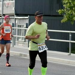 Tallinna Maratoni Sügisjooks 10 km - Olga Katsapova (605), Arne Pihkva (6314)