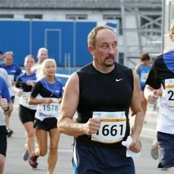 Tallinna Maratoni Sügisjooks 10 km - Alexander Shaykin (1661), Aivo Juhe (2980)