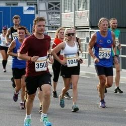 Tallinna Maratoni Sügisjooks 10 km - Aleksandra Ruzanov (1044), Karl-Johan Jakola (3335), Samuli Jurttila (3503), Elen Mägi (4467), Lena Aarekol (6430)