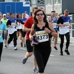 Tallinna Maratoni Sügisjooks 10 km - Anna-Ly Truusalu (2617), Toomas Treiman (2900), Inta Jakane (4373)