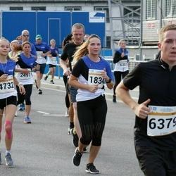 Tallinna Maratoni Sügisjooks 10 km - Berit Vals (1834), Triinu Tõnts (4732)