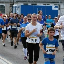 Tallinna Maratoni Sügisjooks 10 km - Michael Thorsten Lunk (1835), Artur Afanasjev (2850), Leo Lilloveer (5819)