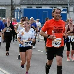 Tallinna Maratoni Sügisjooks 10 km - Anna Markova (1289), Ants Kann (4995), Aleksei Safjanov (6637)