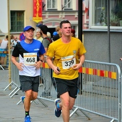 Tallinna Maratoni Sügisjooks 10 km - Andres Lofitski (339), Ago Lilleorg (468)