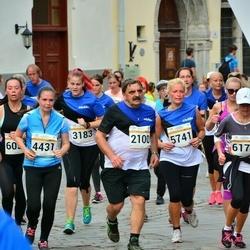 Tallinna Maratoni Sügisjooks 10 km - Arne Sarapuu (2100), Astrit Õispuu (4431)