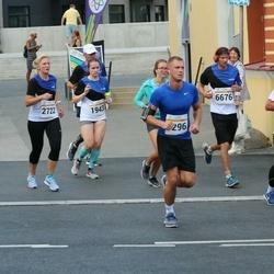 Tallinna Maratoni Sügisjooks 10 km - Hermann Vauth (1404), Reelika Lõhmus (1943), Riina Mardla (2722), Christian Junginger (6676)