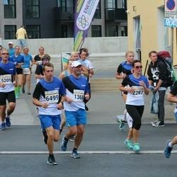 Tallinna Maratoni Sügisjooks 10 km - Lennart Mark (1368), Eline Villig (2287), Ando Koit (5209), Herki Peiker (6499)
