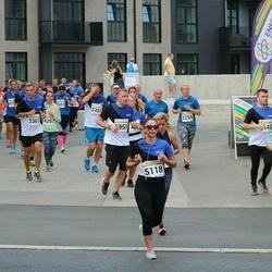 Tallinna Maratoni Sügisjooks 10 km - Branislav Koniar (3361), Sirlika Kampus (5118), Peeter Aun (5951)