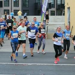Tallinna Maratoni Sügisjooks 10 km - Anna Ojap (2103), Hindrek Rootsma (2295),   (9793)
