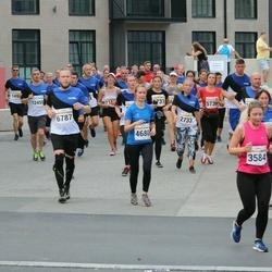 Tallinna Maratoni Sügisjooks 10 km - Anastasiya Siarheyeva (3584), Marju Kahro (4680), Andreas Press (6787)
