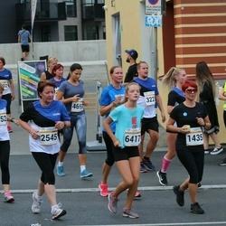 Tallinna Maratoni Sügisjooks 10 km - Agne Roosileht (1435), Angelina Proosvelt (6417)