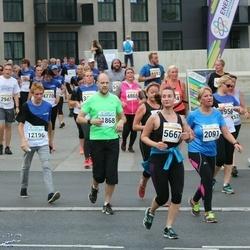 Tallinna Maratoni Sügisjooks 10 km - Karianne Olsen (2091), Anastasia Balõševa (5667)