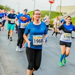 Tallinna Maratoni Sügisjooks 10 km - Krista Rattus (1968), Anastasia Yurina (5785)
