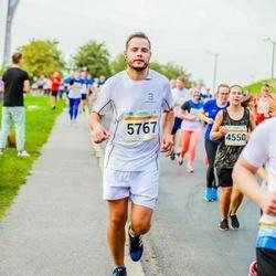 Tallinna Maratoni Sügisjooks 10 km - Liene Bokmane (4550), Anastasia Balõševa (5667)