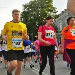 Tallinna Maratoni Sügisjooks 10 km - Anna-Riina Reitel (8728), Marcel Wittke (11881)