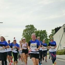 Tallinna Maratoni Sügisjooks 10 km - Annika Leis (3658)