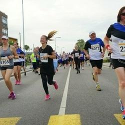 Tallinna Maratoni Sügisjooks 10 km - Siiri Pajulaid (5765), Aavo Halling (6012)