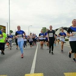 Tallinna Maratoni Sügisjooks 10 km - Sirje Lepik (4590), Evelyn Tukkev (4709), Agnes Raudam (5174)