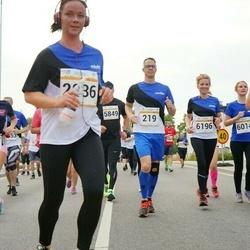 Tallinna Maratoni Sügisjooks 10 km - Kauri Aaslaid (219), Küllike Vask (4293), Arno Kender (5849), Kristi Ainen (6014), Külliki Tafel-Viia (6196)