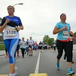 Tallinna Maratoni Sügisjooks 10 km - Gea Otsa (5120), Anahit Adamyan (6447), Kristiina Aljasmäe (8429)