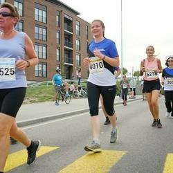 Tallinna Maratoni Sügisjooks 10 km - Kristi Kallip (4010), Ada Prins (12525)