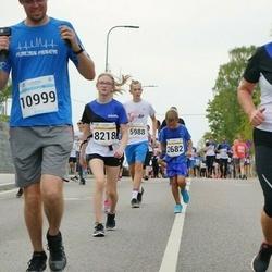 Tallinna Maratoni Sügisjooks 10 km - Siiri Sammel (8120), Artem Borisov (10999)