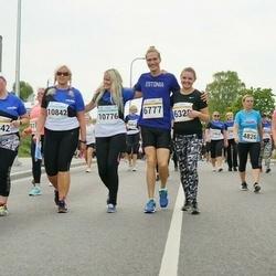 Tallinna Maratoni Sügisjooks 10 km - Aarne Kuusmann (6777), Svea Saar (10776), Helen Saar (10842)