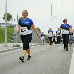 Tallinna Maratoni Sügisjooks 10 km - Eha Prunt (8111), Age Toonmaa (8928)