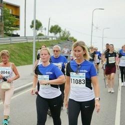 Tallinna Maratoni Sügisjooks 10 km - Annika Paluoja (11083), Katrin Vaher (11151)
