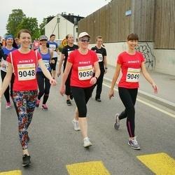 Tallinna Maratoni Sügisjooks 10 km - Kira Varvarova (9048), Berit Tamme (9049), Anne Värbu (9050)