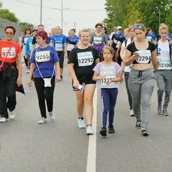 Tallinna Maratoni Sügisjooks 10 km - Tiina Kesküla (9253), Ülle Haljastamm (9255), Irina Luga (12104), Margarita Rudzenskaite (12106), Agnes Väli (12292), Elizaveta Kruze (12294)