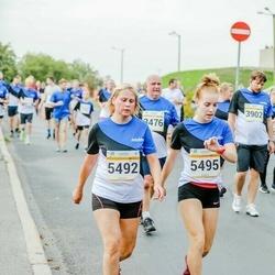 Tallinna Maratoni Sügisjooks 10 km - Varje Rikka (5492), Cätrin Rikka (5495)