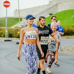 Tallinna Maratoni Sügisjooks 10 km - Liivia Isaitsenko (9522), Alik Lapidus (9731), Anna Teplinskaja (9732)