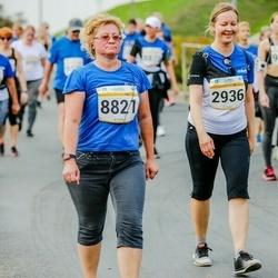 Tallinna Maratoni Sügisjooks 10 km - Marika Linntam (2936), Anna Põrh (8821)