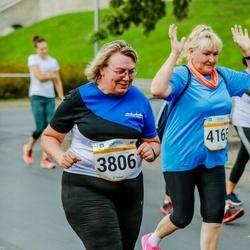 Tallinna Maratoni Sügisjooks 10 km - Anita Narusk (3806), Alja Royde (4165)
