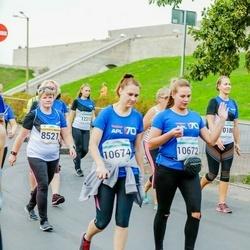 Tallinna Maratoni Sügisjooks 10 km - Ave Kiil (8521), Anastasia Gordeyuk (10672), Maria Haritonova (10674)