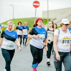 Tallinna Maratoni Sügisjooks 10 km - Anneli Rumm (8187), Ly Leek (11091), Merli Mander (12418)