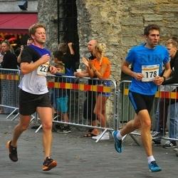 Tallinna Maratoni Sügisjooks 10 km - Aarne Nirk (178), Ahti Suppi (221)