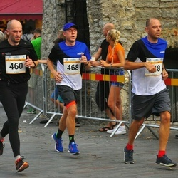 Tallinna Maratoni Sügisjooks 10 km - Andi Piliste (460), Ago Lilleorg (468)