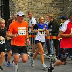 Tallinna Maratoni Sügisjooks 10 km - Aadu Polli (562), Regina Palatu (750), Rasmus Kivari (904)