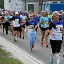 Tallinna Maratoni Sügisjooks 10 km - Heli Viita (2468), Sirje Lepik (4590), Aavo Halling (6012)